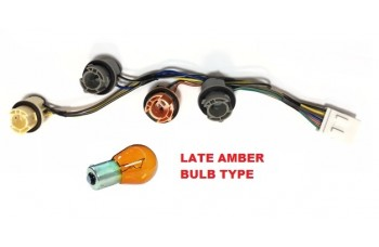 TAXI REAR LAMP WIRING LOOM TX4 for amber indicator bulb